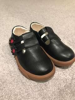 Girl leather school shoes