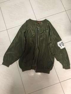 🚚 army green oversized bomber jacket