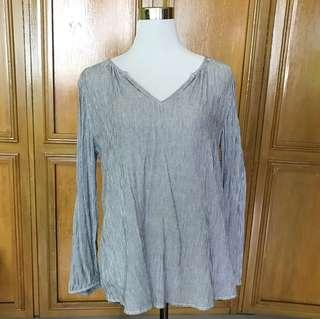 Old Navy Striped Long Sleeves Blouse