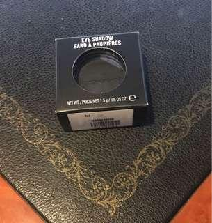 MAC Eyeshadow AUTHENTIC CARBON MATTE - Still Negotiable
