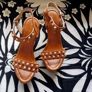 The sandals wedges
