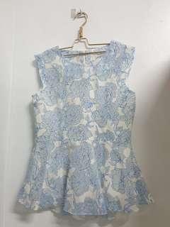 🚚 韓貨 玫瑰花 高級 鏤空蕾絲 水藍色 無袖 上衣 賣場三件免運費