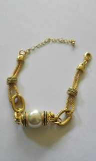 Gold plated Pearl & Gold Bracelet