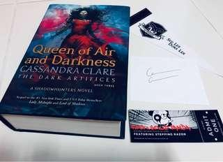 [Signed Bookplate] Queen of Air and Darkness - Cassandra Clare (+ Shadowhunter freebies)