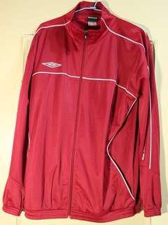 🚚 限時特賣🎈UMBRO運動紅褐色外套保暖耐磨排汗佳!
