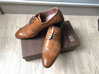 Vanger 雅憩全雕花德比紳士皮鞋 (褐色,99%新)