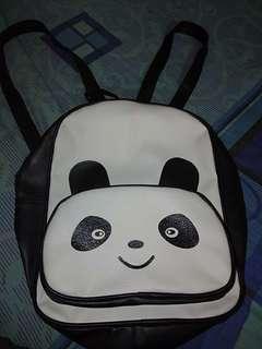 Tas Gendong Panda