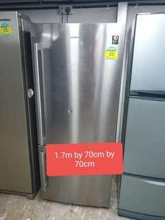 🚚 Used Samsung 402 Litres very good condition fridge cheap good good