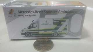 TINY Mercedes-Benz Sprinter Ambulance 醫療輔助隊 救護車模型