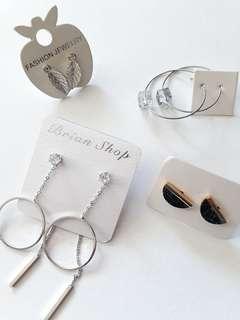 🚚 Korean-Style Earrings