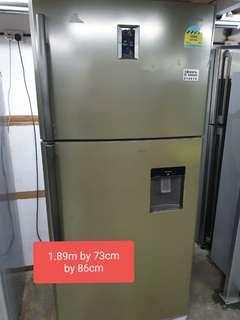 🚚 Used 4 ticks energy saving cheap cheap 566 litres fridge with free delivery