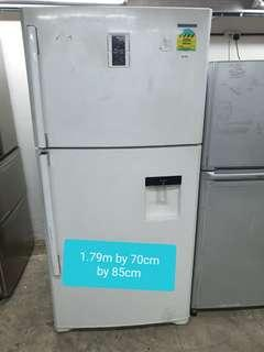 🚚 Used Samsung 532 litres cheap cheap fridge with free delivery