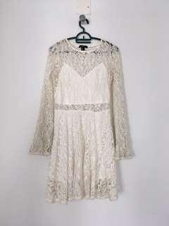 Lace Dress in beige
