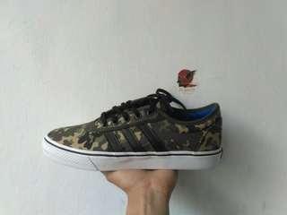 Adidas Ease Camo