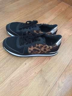Pulp leopard print and black sneakers