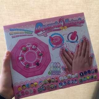 🚚 指甲彩繪組 玩具 (全新)