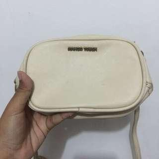 Mango Touch Creme/Beige Sling Bag