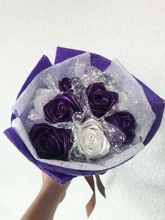 9 stalks Purple White Roses Flower Bouquet