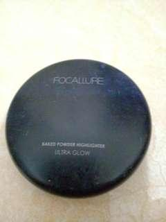 Focallure baked powder highliter