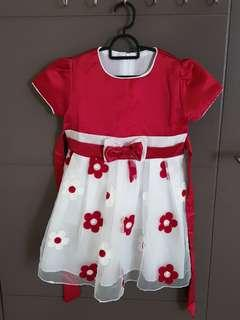 Girl dress (Suitable for 4-5 years old)