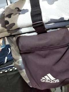 🚚 Adidas Bag