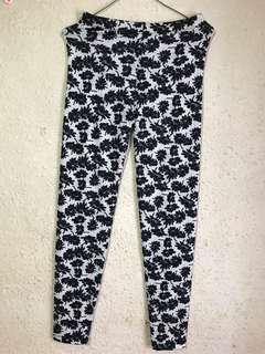 🚚 Long pants / legging / yoga pants for teens or adult