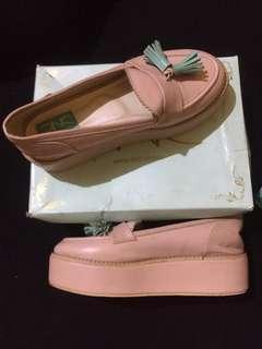 sepatu DNC