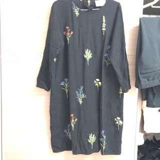 🚚 日系長版刺繡上衣