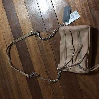 CoTTON ON with tAg Sling bag