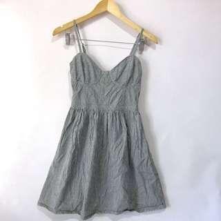 (S-M) Red Tulip light denim stripes dress, adjustable straps, garter back, in great conditions, nice in actual