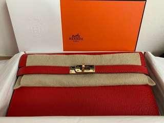 Hermes Kelly Wallet in Chèvre Mysore goatskin leather