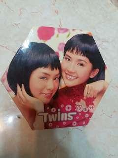 Twins 雙生兒賀年版