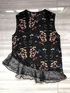 Dressabelle Floral Top with frills