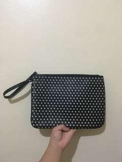 Black Hearts Pouch