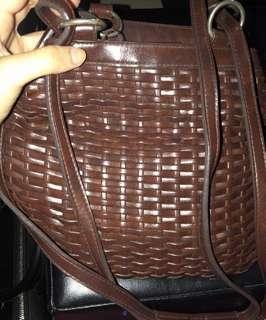 🚚 Rattan Basket Sling Bag