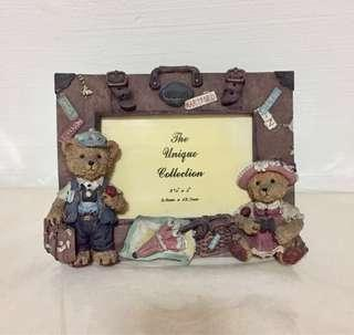 🚚 3D Rustic Luggage Bear Couple picture frame photo frame by The Unique Collection