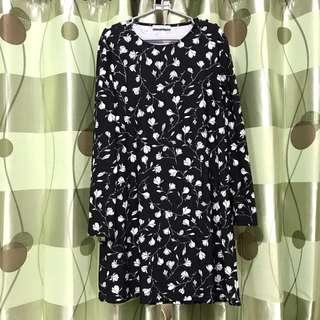 Manggo button dress