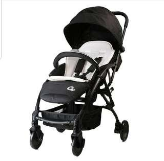 MillyB compact stroller - cabin size