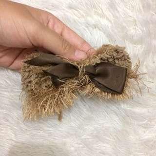 Pita rambut coklat hairclip