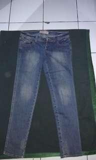 Celana jeans lOGO free ongkir