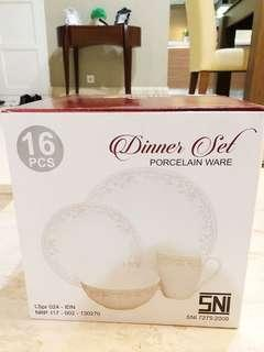 Dinner Set Porcelain 16 pcs