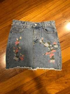 Floral Embroidered light wash denim skirt
