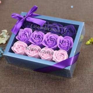少量現貨🌹2019 法式浪漫香皂花禮盒 18 朵 漸變色玫瑰 求婚婚禮周年紀念 新年賀年情人節生日 元宵佳節禮物 ROMANIC LOVE VALENTINES ANNIVERSARY WEDDING NEW YEAR BIRTHDAY SOAP ROSES FLOWER BOX  GIFT