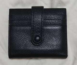 Black genuine Soft Leather Bifold Wallet with Zipper