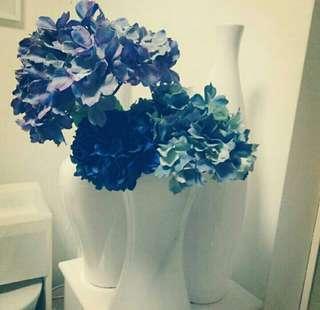 Artificial flower blue hydrangeas