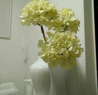 Artificial flowers hydrangeas