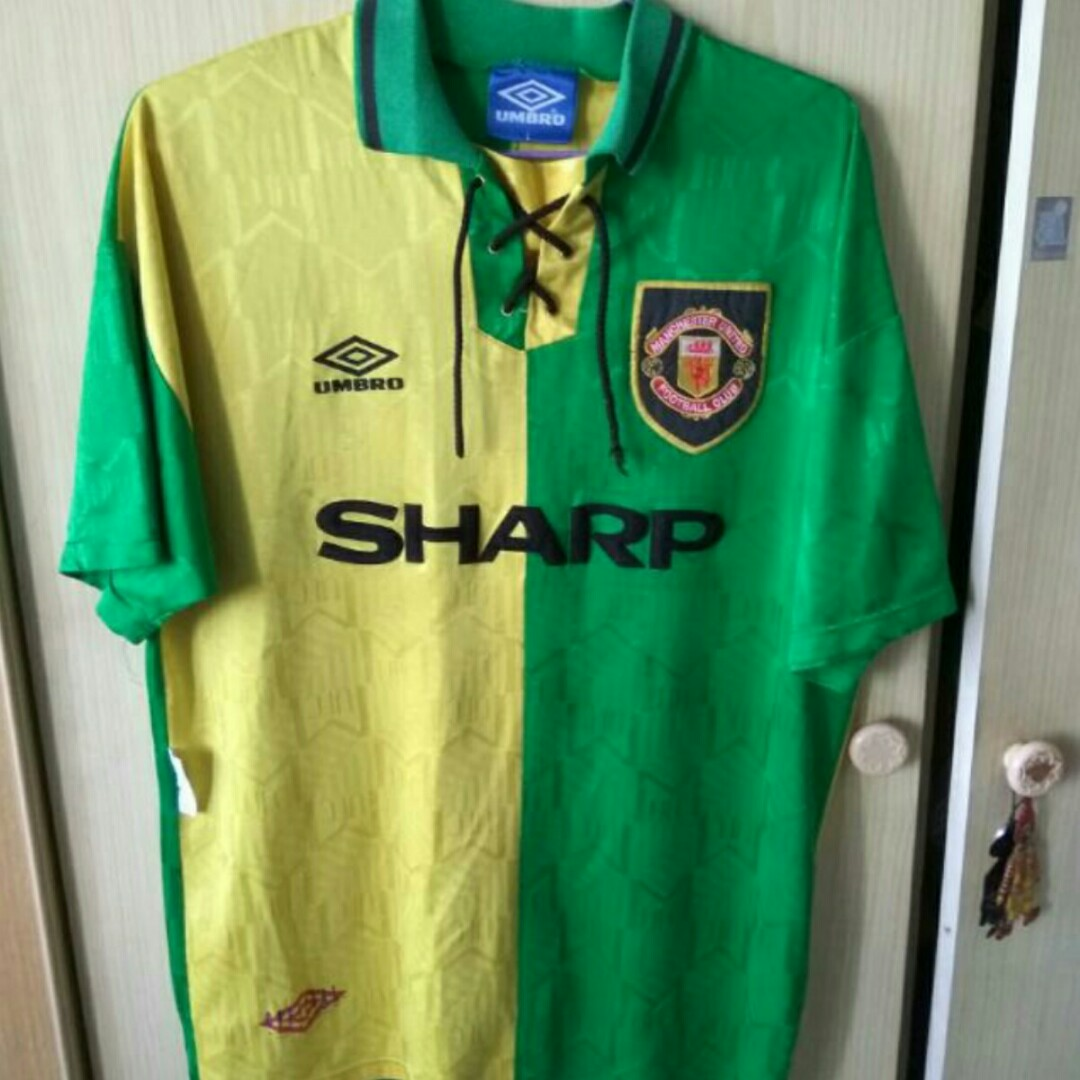 256994774 Authentic Umbro Manchester United Jersey Size L Giggs 11