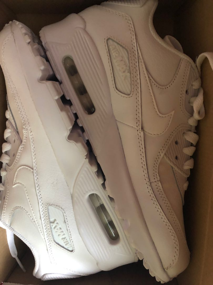 7107fdc967 brand new nike airmax triple white, Women's Fashion, Shoes on Carousell