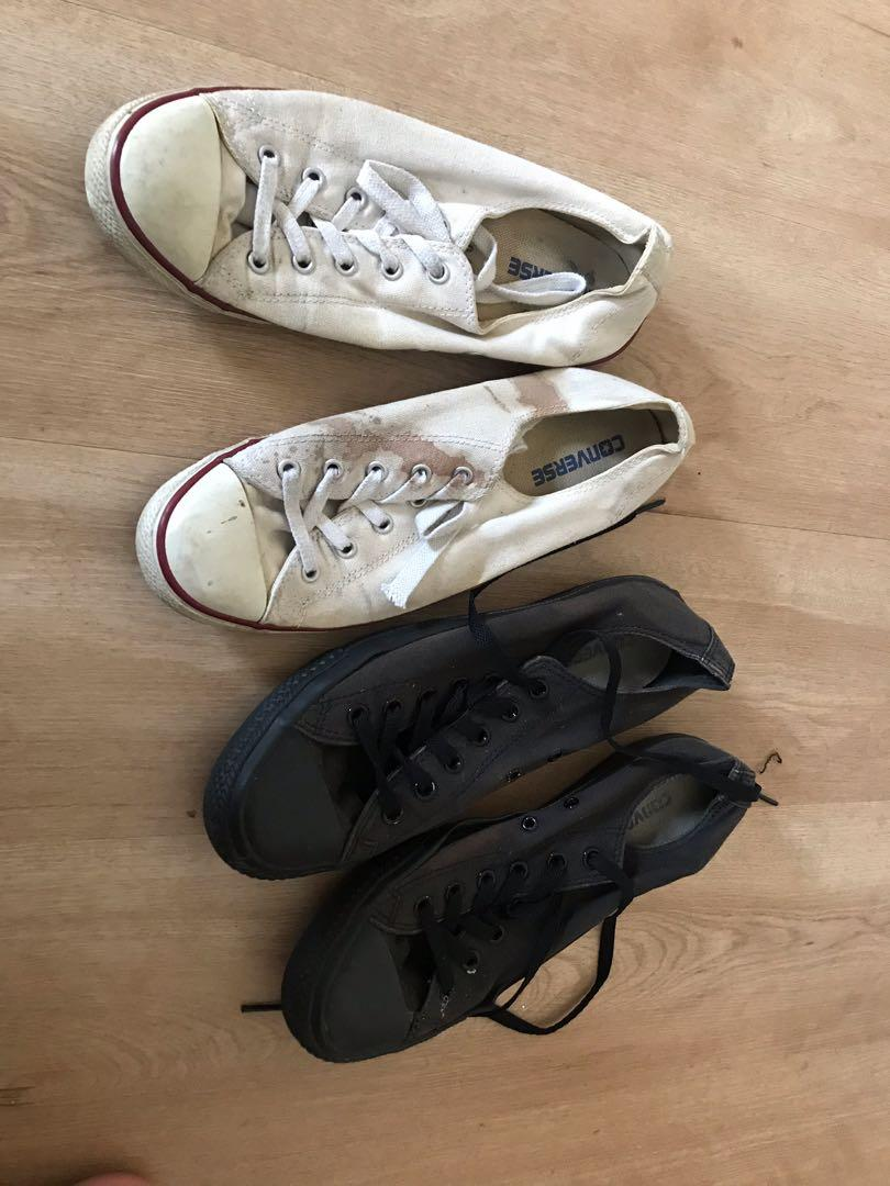 Converse white size US 10 and converse black size US 8