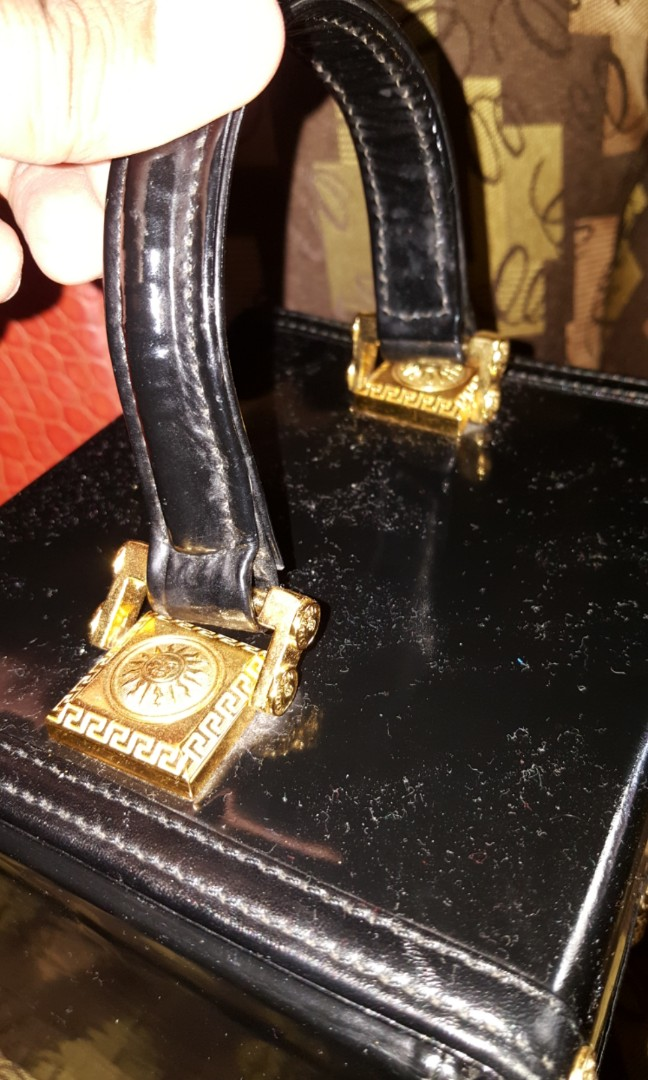 5d04e0ae6f Gianni Versace Vanity Cosmetic Leather Bag Authentic